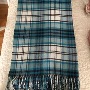 Esprit wool scarf